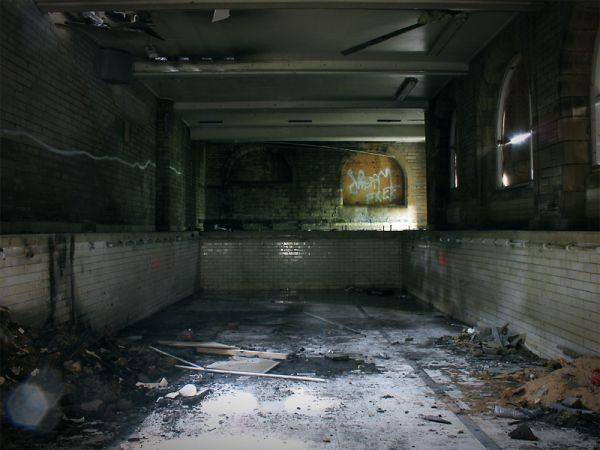urban decay 7 abandoned swimming pools urban ghosts
