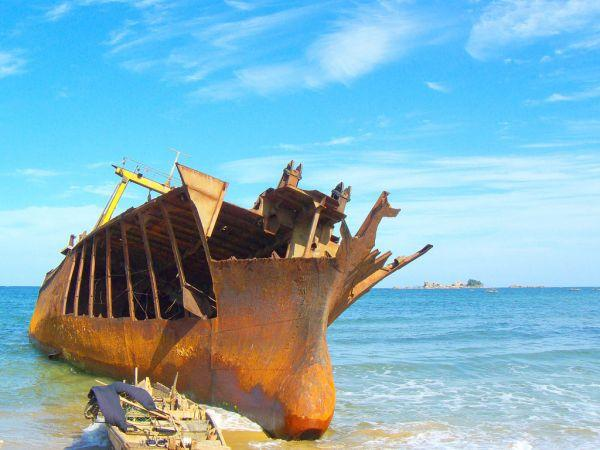 shipwreck north korea Pibroch: Connemaras Forgotten Fishing Boat