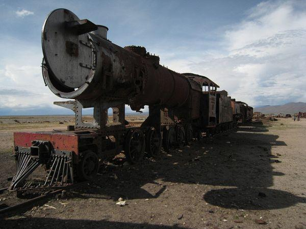 train-graveyard-atacama-desert