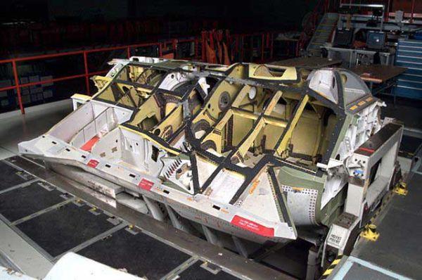 f-35-jsf-assembly-5