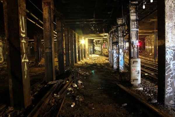 williamsburg-trolley-terminal-abandoned-3