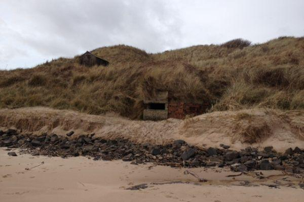 embleton-bay-abandoned-pillbox