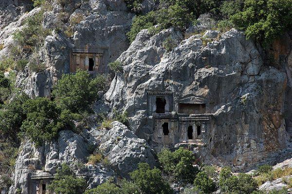 rock-cut-tombs-myra-4