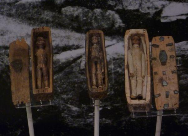 fairy-coffins-arthurs-seat-edinburgh-2