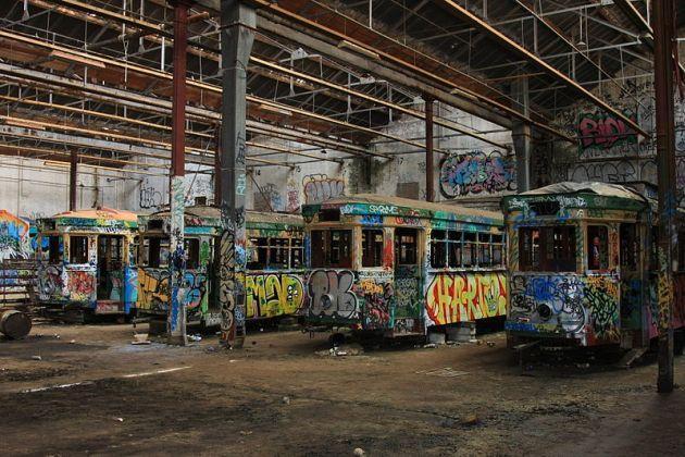 abandoned-trams-sydney-depot