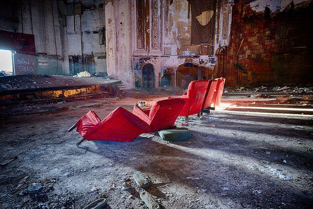 eastown-theater-detroit-abandoned-5