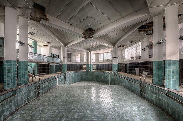 Abandoned Art Deco Swimming Pool In France Urban Ghosts