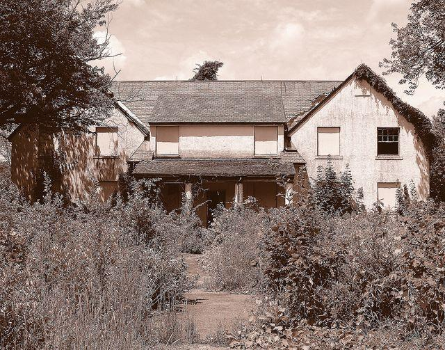 belchertown-school-for-the-feeble-minded-abandoned-3