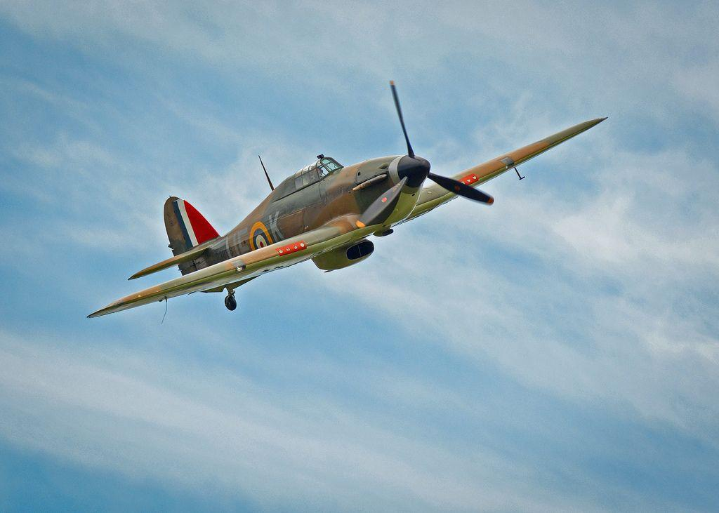 airworthy-hawker-sea-hurricane-AE977