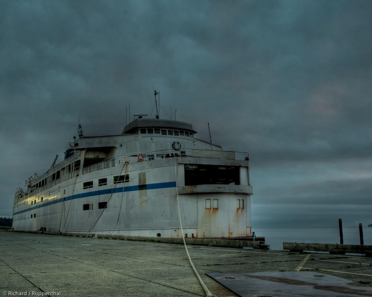 queen-of-vancouver-abandoned-ferry