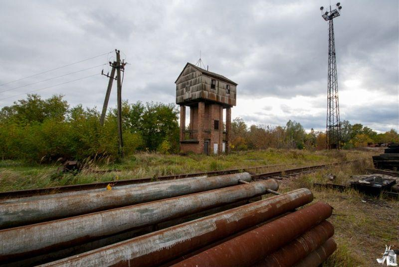 abandoned-train-graveyards-yanov-station-chernobyl-2
