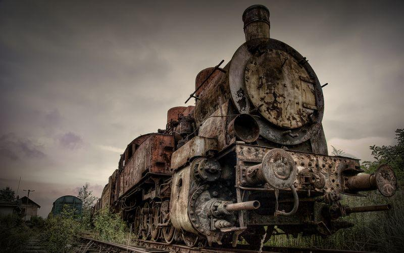 abandoned-trains-poland-3