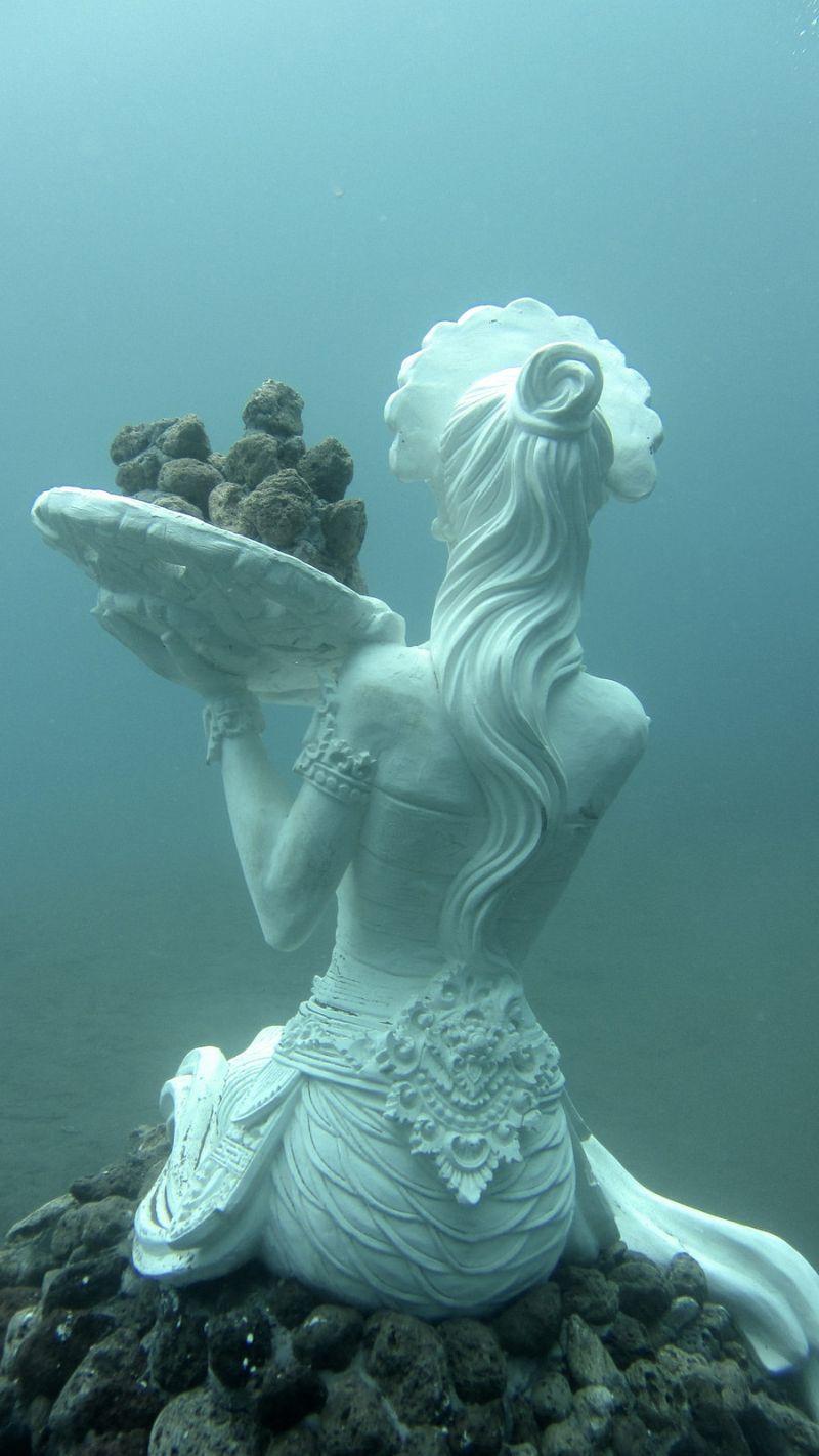 underwater-sculptures-bali-2