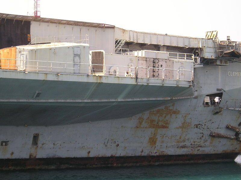 clemenceau-r98-abandoned-aircraft-carrier-5