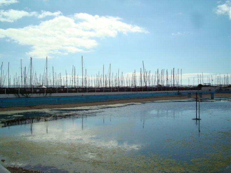 formerly-abandoned-lymington-salt-water-lido-2