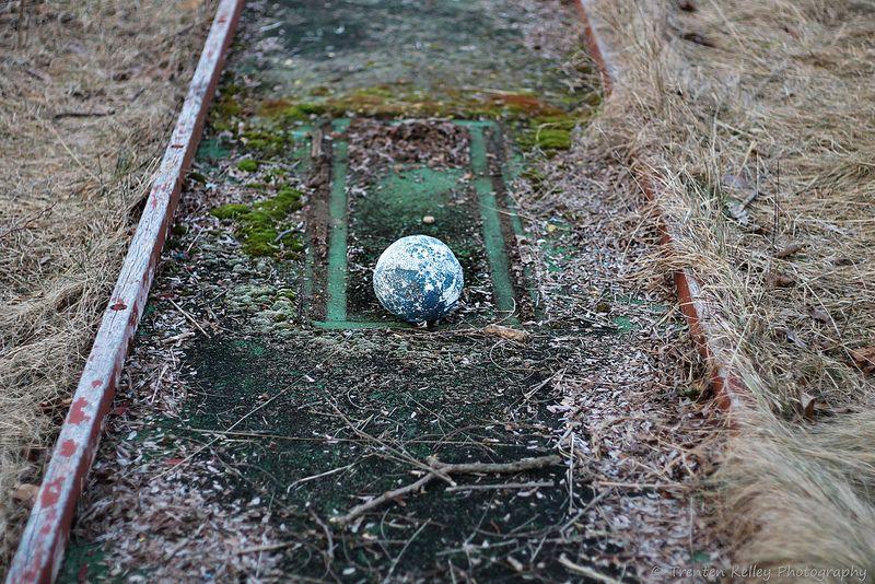 abandoned-miniature-golf-sunset-resort