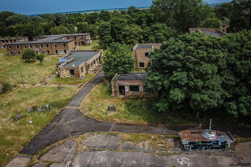 inside-abandoned-raf-upwood-world-war-two-base-9