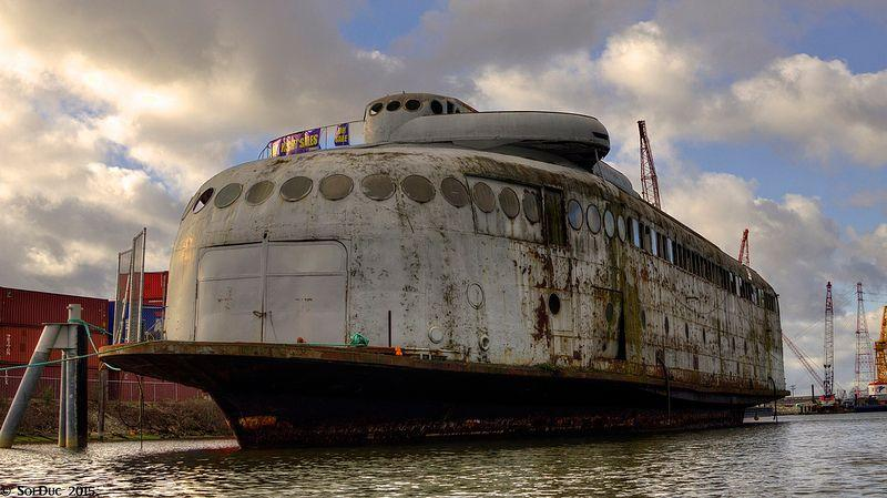 The abandoned hulk of Art Deco ferry MV Kalakala before scrapping