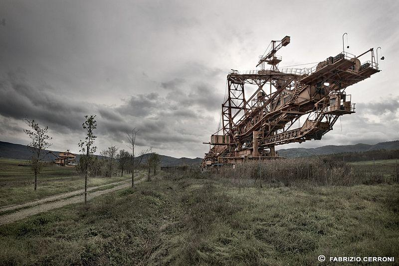 urbex photography showcasing industrial decay