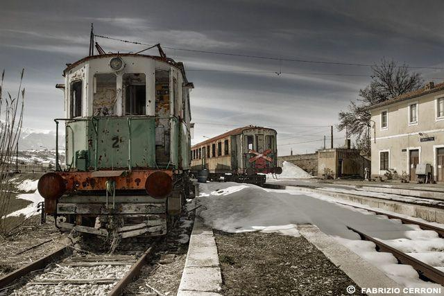 Abandoned train in Italy 4