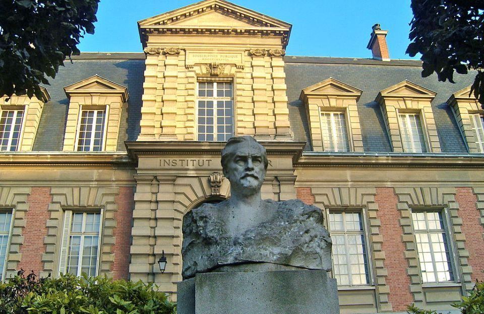 Pasteur Institute in Paris