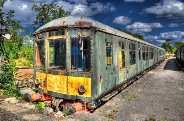 Rusting British Rail Class 100 Diesel Multiple Unit