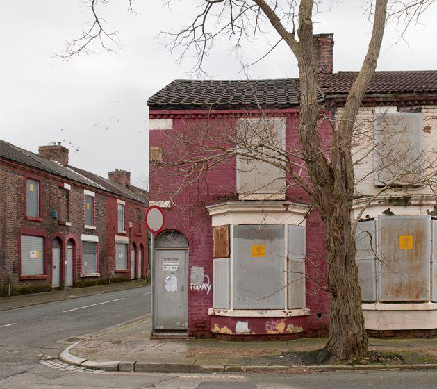 Katharina Fitz: 'Boarded-up Houses' Project Highlights