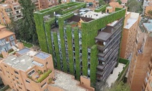 Bogota's Edificio Santalaia Among World's Largest Vertical Gardens